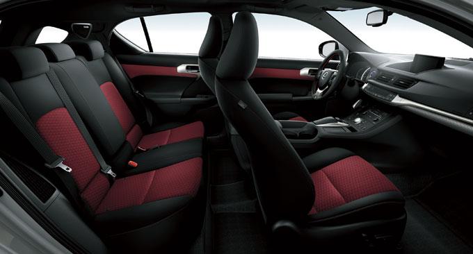 Lexus CT 200h F Sport 2014 - интерьер (салон)
