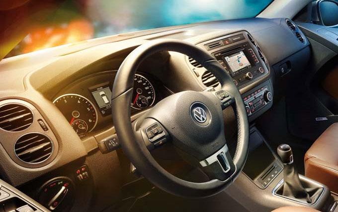 VW Tiguan R-Line салон.