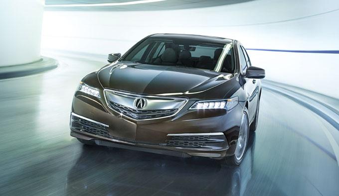 Серийный Acura TLX 2015