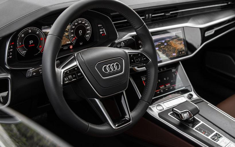 Передняя панель Audi A6 2019