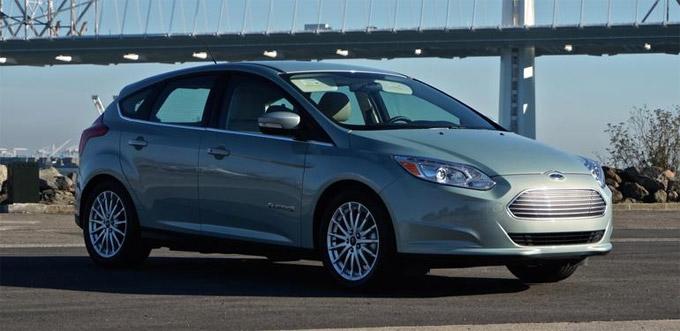 Ford Focus занял первое место на рынке б/у авто В Москве в мае 2016 г.