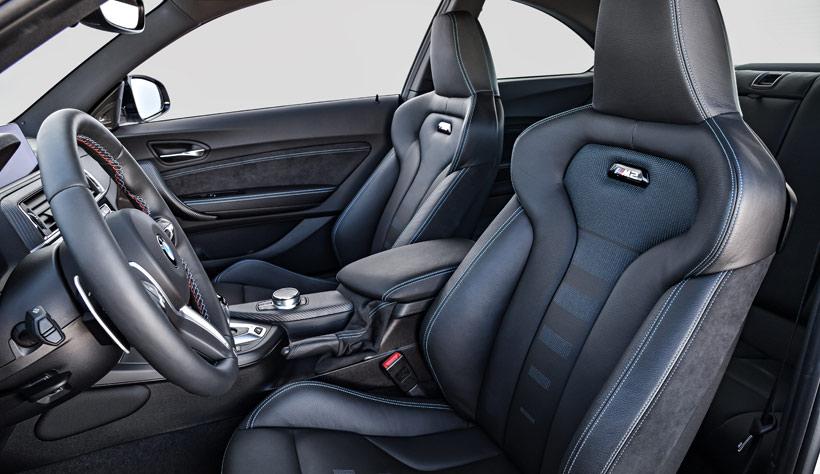 Кресла BMW M2 Competition