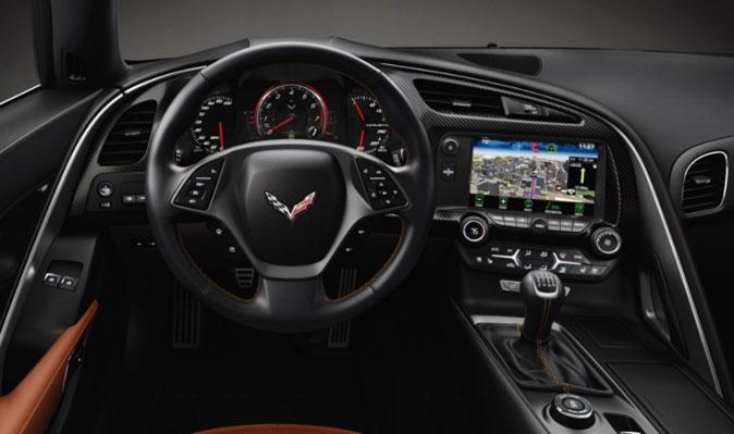 Приборная панель Шевроле Corvette Stingray