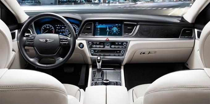 Hyundai Genesis - интерьер (салон)