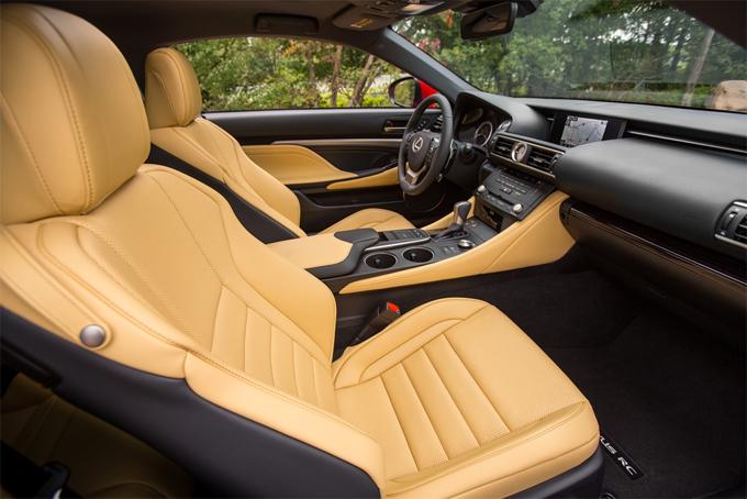Интерьер (салон) Lexus RC 350