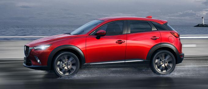 Mazda CX-3 2015 сбоку (в профиль)