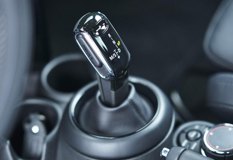 MINI и MINI Cabrio получат 7-ступенчатую коробку Steptronic с двойным сцеплением