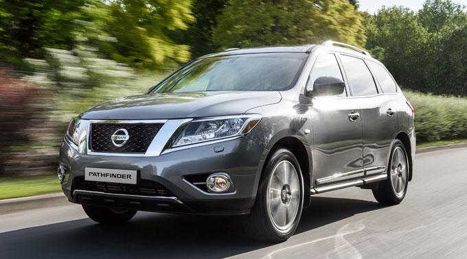 Nissan Pathfinder 2015 (4 поколение)