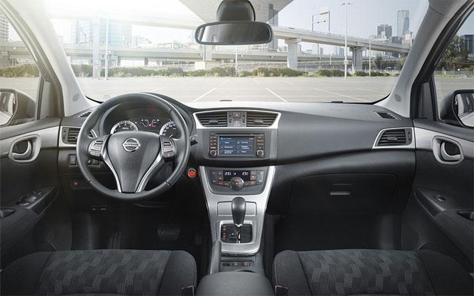 Интерьер (салон) Nissan Tiida 2015