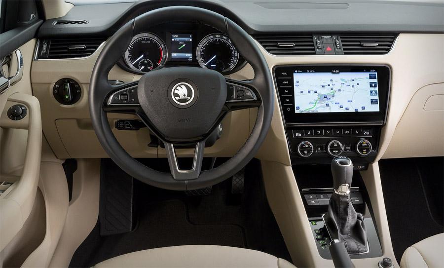 Шкода  начнет поставки обновленной Octavia на рынок России  сапреля 2017
