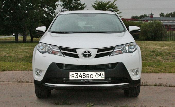 Toyota RAV4 2014 - тест-драйв в Москве