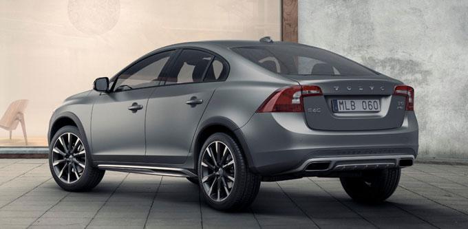 Volvo S60 Cross Country будет продаваться в России.