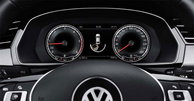 Панель приборов VW Passat 2016