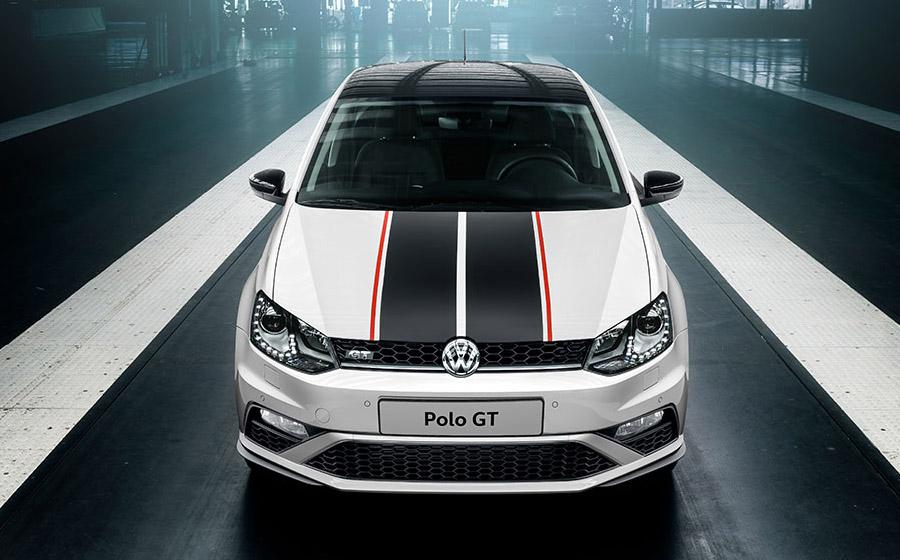 VW  Polo GT с черной крышей
