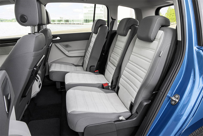 Интерьер (салон) VW Touran 2016